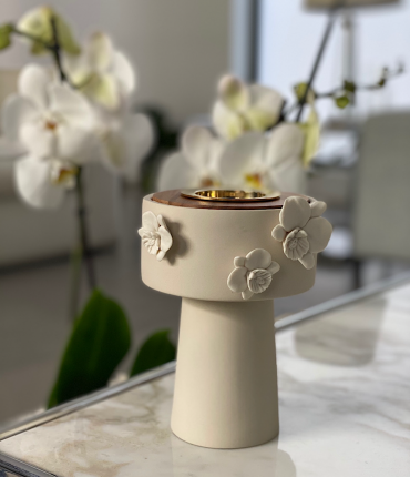 CERAMIC ORCHID MUBKHAR - CREAM